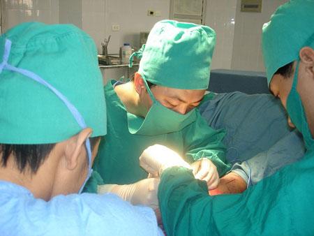 Ưu và nhược điểm của các phương pháp nâng ngực
