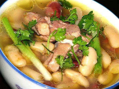 viec-can-lam-cho-co-nang-nguc-lep1