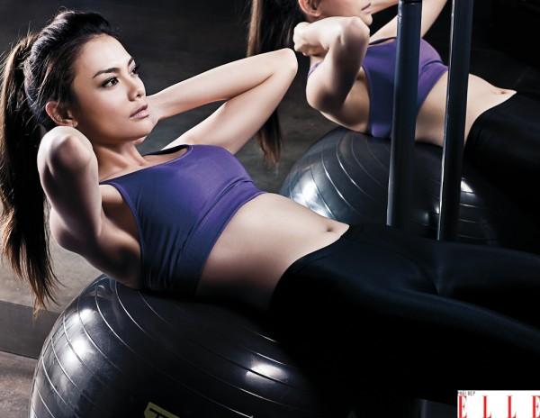 tập gym đều đặn sẽ cho bạn 1 bộ ngực săn chắc