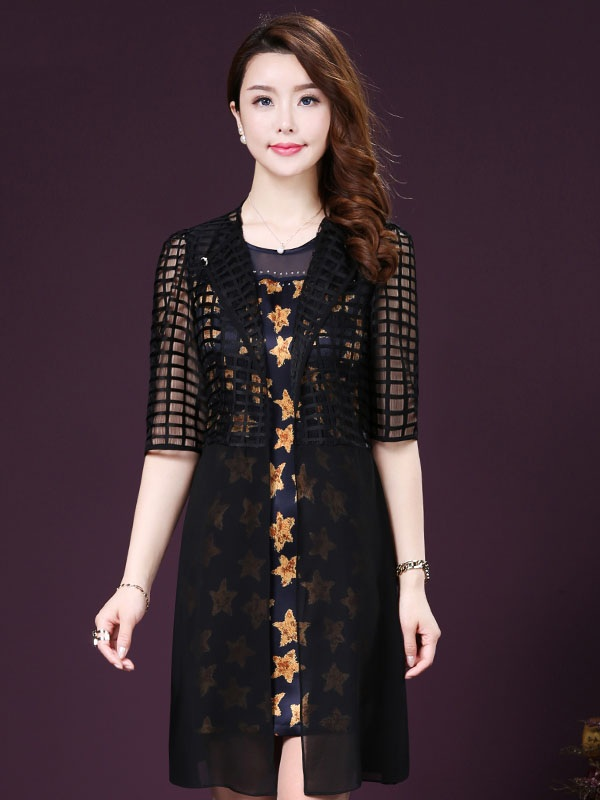 Lựa chọn váy đầm dành cho tuổi trung niên phù hợp cho quý cô trung tuổi.