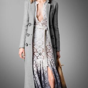 Tại sao nên chọn áo dạ dáng dài cho mùa đông năm nay